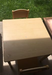 Children wood table w 2 chairs
