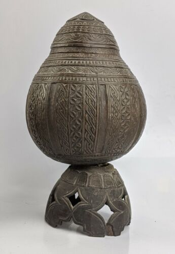 Sri Lankan Carved Coconut Cup & Cover - Early c19th - Ceylonese Asian Antique
