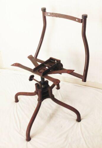 Vtg antique metal industrial factory drafting stool adjustable swivel chair