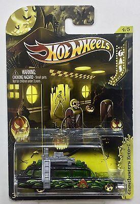 Hot Wheels 2012 Happy Halloween  Kroger  4 5 Ghostbusters Ecto 1  3 1 64