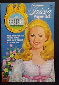 Paper Doll Book Complete & Uncut 1971 White House Tricia Nixon Artcraft #4428