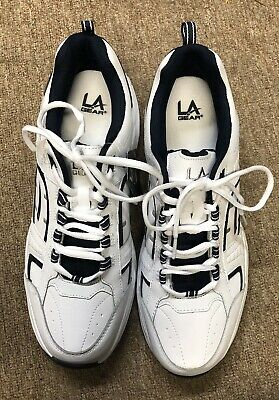 LA GEAR Mens Athletic Shoes Adventure White  and Navy Sneakers Size 10M