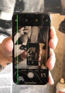 iPhone X 64GB Space Grey (Broken Screen)