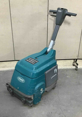 TENNANT T1 Lithium Ion BATTERY OPERATED FLOOR SCRUBBER - NO CHARGER 8663