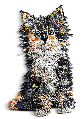Gray Kitten (CATS - KITTEN, GRAY & GOLD-Iron On Embroidered Applique/Cats, Pets,)