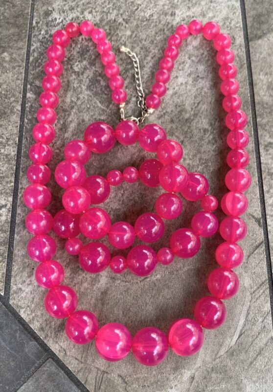 Vintage Chunky FUSHIA PINK Moonglow Lucite Plastic Bead Necklace Bracelet Set