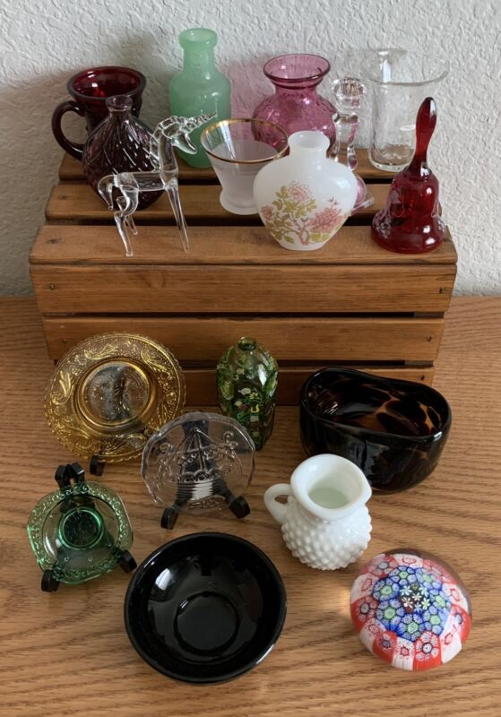 Lot of 17 Franklin Heirloom Curio Cabinet Glass Miniatures w/Description Cards