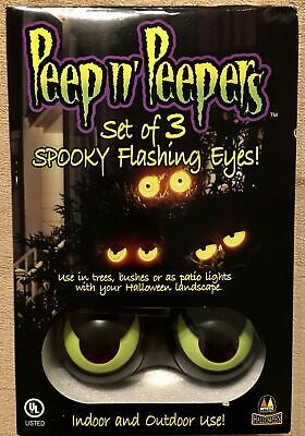 Halloween Lighted Eyes Window (Peep n' Peepers Set of 3 Spooky Flashing Eyes Great For Windows HALLOWEEN)