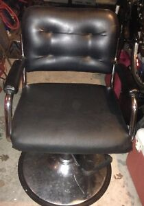 Barber salon chairs for sale