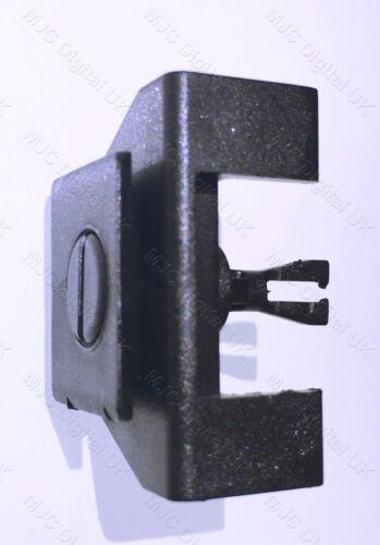 2 x Lexus Fender & Bumper Cover Clips Pins Push & Lock Type Pins 53879-58010