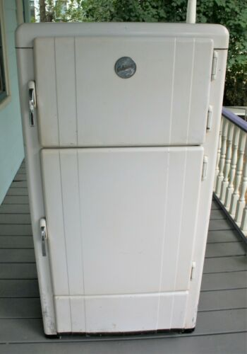 Vintage Eskimo Icebox / 3 door / Works