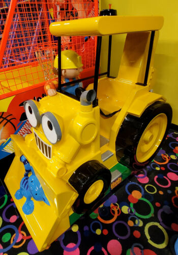 BOB THE BUILDER Tractor Mechanical Kiddie Ride Arcade Game Machine! WORKS!