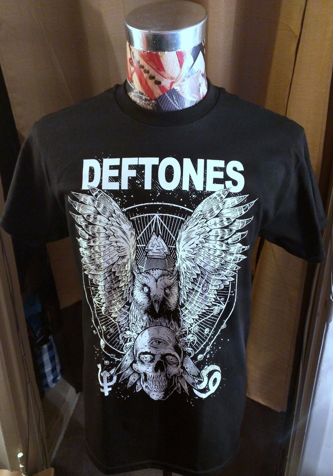 DEFTONES WHITE OWL & SKULL LOGO GOTHIC HEAVY METAL ON BLACK T SHIRT