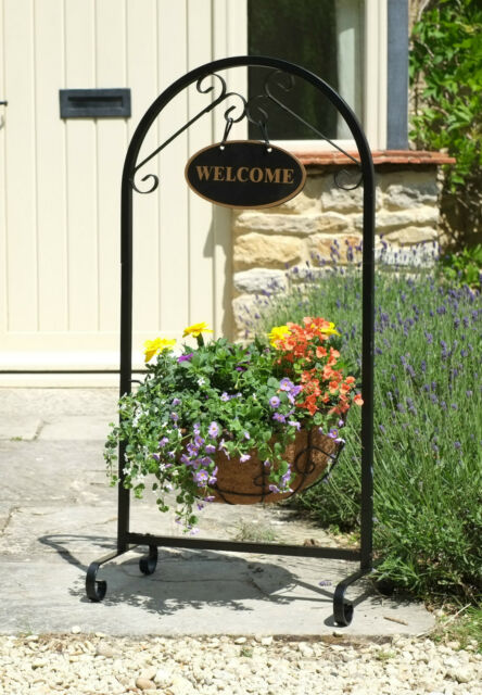 "Smart Garden 14"" Saxon Metal Basket Welcome Planter with Liner"