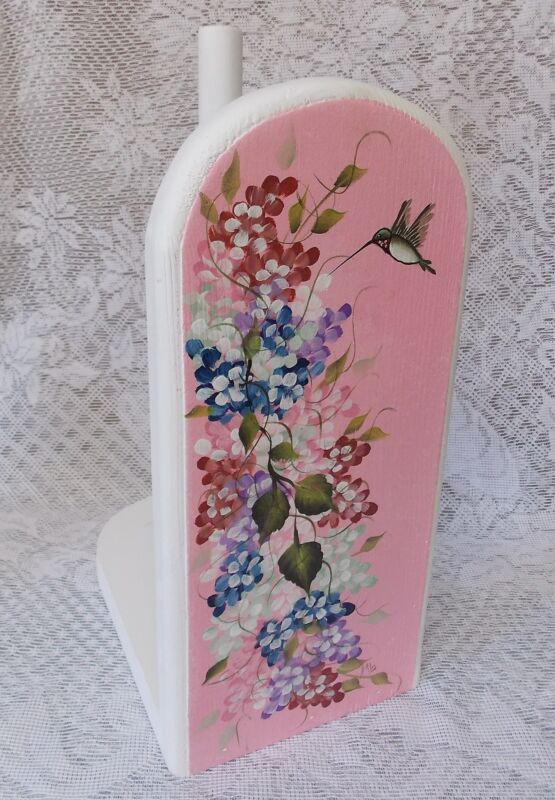 HAND PAINTED HUMMINGBIRD PAPER TOWEL HOLDER/NEW ITEM BY MB CHECK IT OUT