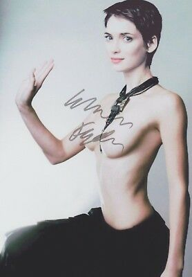 Winona Ryder  Sexy  Beetlejuice Stranger Things Extremely Rare Signed Rp 8X10