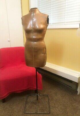 Free Standing Vintage Dress Form On Metal Base Home Decor Or Boutique Display
