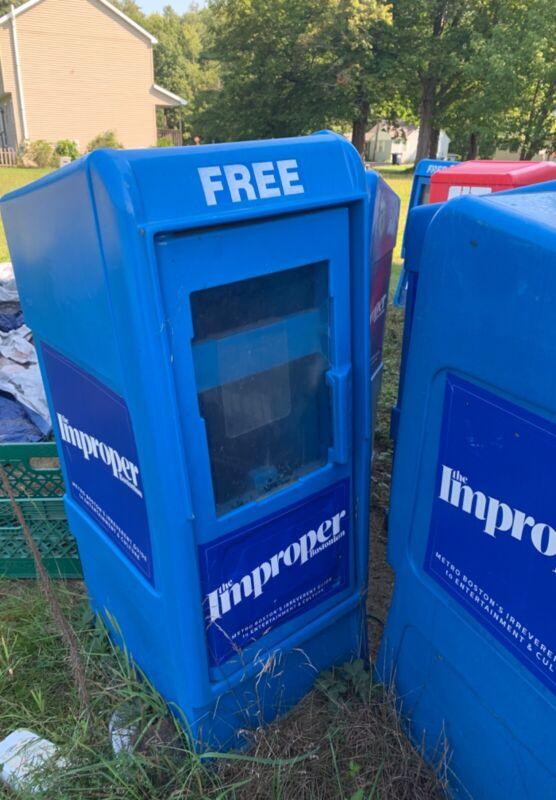 Newspaper/magazine honor box rack free vending machine
