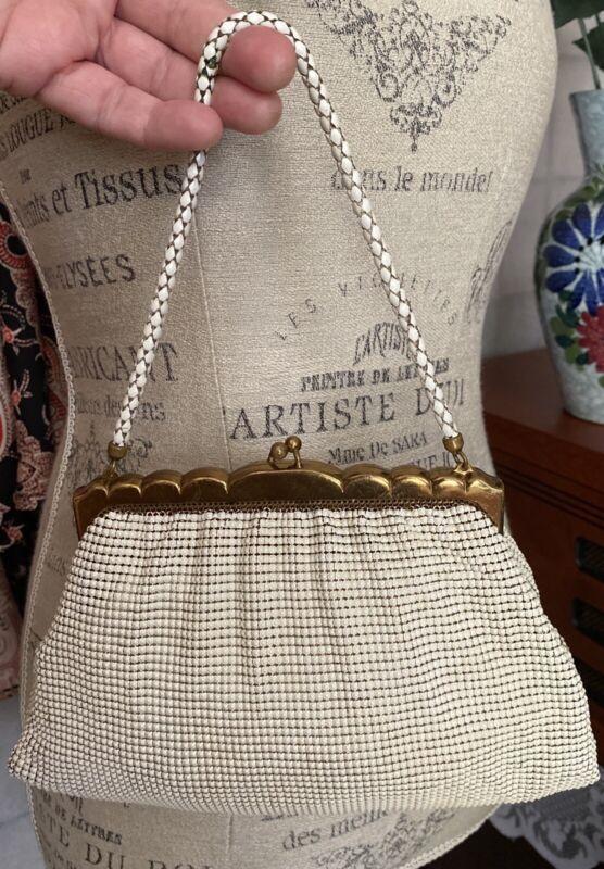 VTG 30/40 Whiting & Davis Art Deco Gold & White Mesh Metal Chainmail Clutch Bag