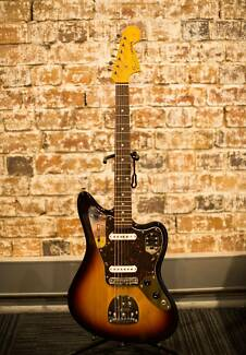 Fender Jaguar MIJ (2011) in Great Condition w/ Mastery Bridge