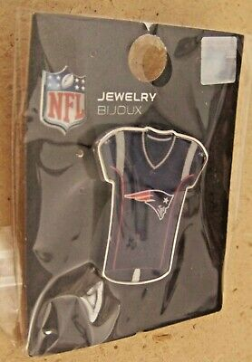 NE New England Patriots jersey lapel hat pin NFL ()