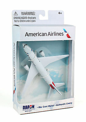 - DARON REALTOY RT1664-1 American Airlines Boeing 777 1/500 Diecast. New