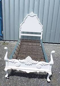 ☆STUNNING FRENCH PROVINCIAL TIMBER CARVED SINGLE BED ☆ Tingalpa Brisbane South East Preview