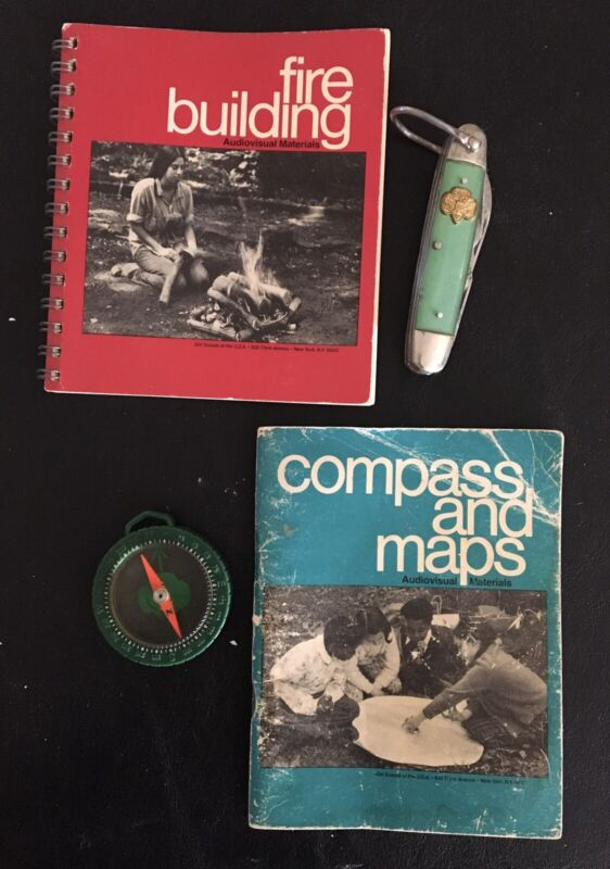 4 Vintage GIRL SCOUT CAMPING ITEMS-KNIFE- COMPASS-2 BOOKLETS 1973