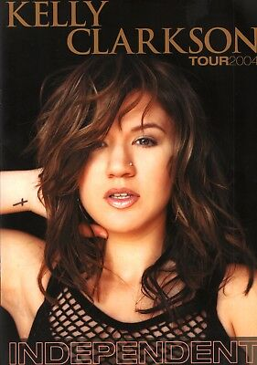 KELLY CLARKSON 2004 INDEPENDENT TOUR CONCERT PROGRAM BOOK / NMT 2 MINT