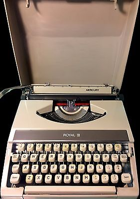 Vintage Royal Mercury Portable Typewriter 1971 Very Clean With Carrying Case