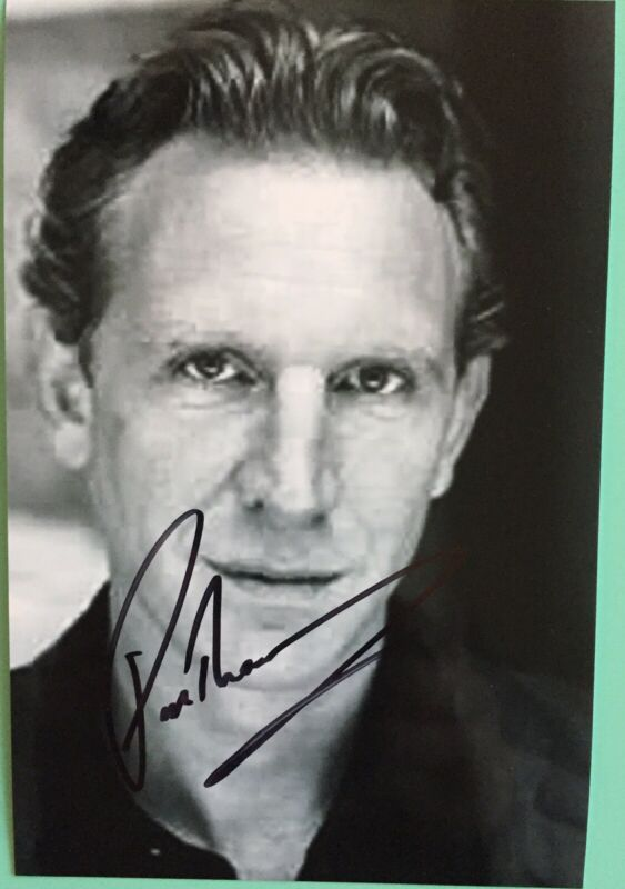 """Paul Thornley Signed Photo 4""""X6B&W Ron Weasley Harry Potter and the Cursed Child"""