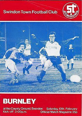 Football Programme SWINDON TOWN v BURNLEY Feb 1982