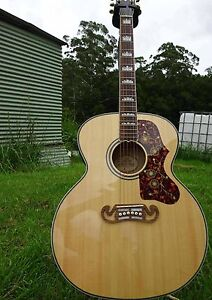 Gibson J200 REPLICA Bulahdelah Great Lakes Area Preview