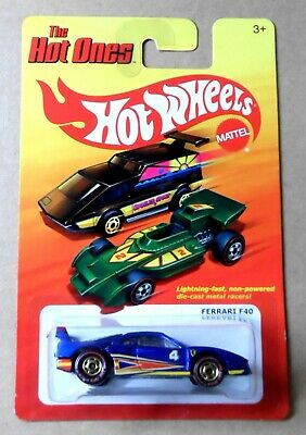 """2011 HWs """"The Hot Ones"""" Ferrari F40 w/Opening Rear Deck - Rare """"Chase Variation"""""""