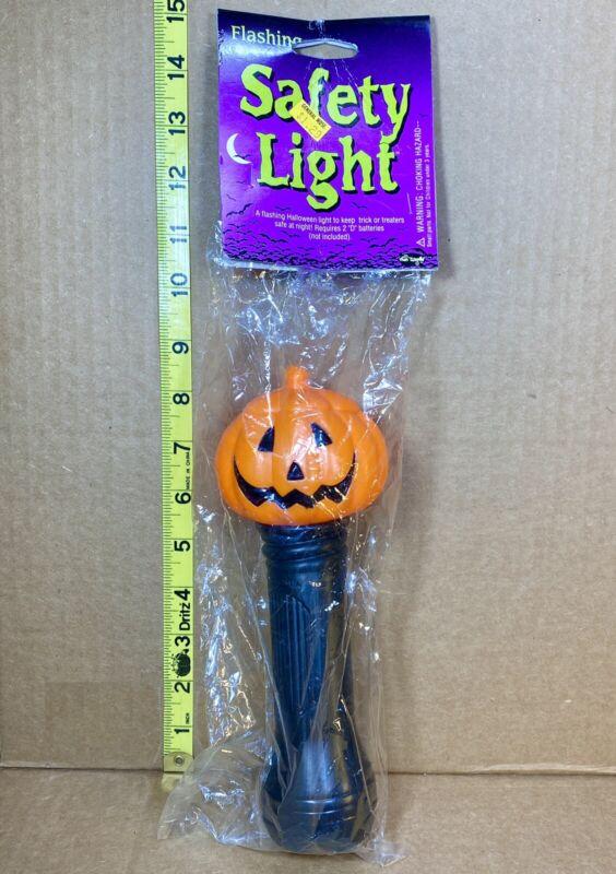 Vintage Fun World Halloween Flashlight Blinky Lite Pumpkin Blow Mold NOS Sealed