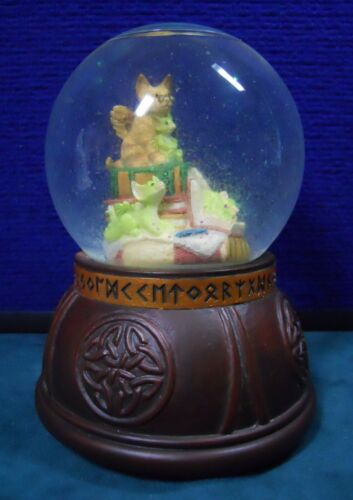 RARE Real Musgrave ❤ POCKET DRAGONS * Water Globe * IN THE LIBRARY * 1997 w BOX