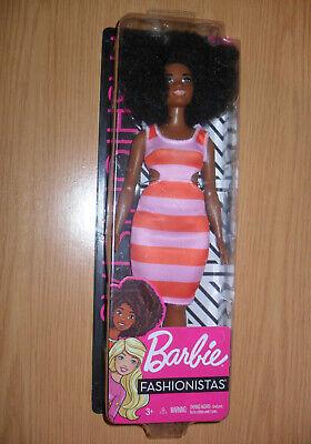 MUÑECA BARBIE FASHIONISTA Negra #105 CURVY MATTEL.