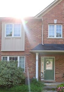 Beautiful Galt Townhouse near downtown and trails for rent