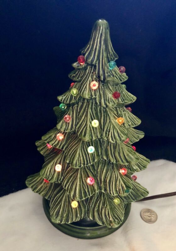 1950's Ceramic Christmas Tree With On/off Switch On Cord Light Up Xmas Tree