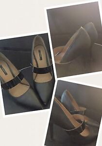 BEAUTIFUL SHOES FOR SALE - Must go today!