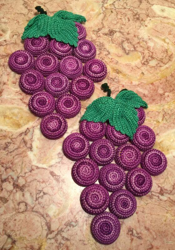 2 Vintage Hand Crocheted Bottle Cap Trivet Hot Pads Purple Grape Clusters