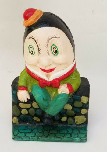 VINTAGE CAST IRON HUMPTY DUMPTY SAT ON A WALL METAL COIN BANK