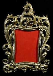 Antique-Brass-Easel-Back-Picture-Frame-Thick-Heavy-Ornate-8-x-11-Aged-Patina