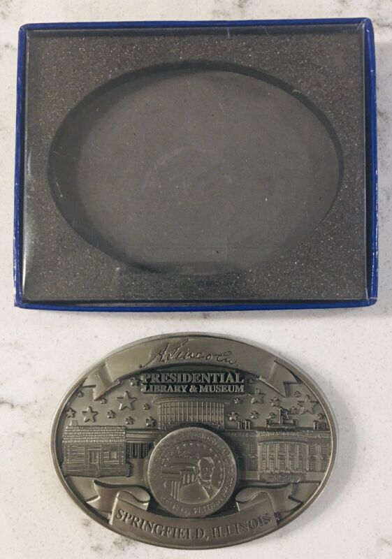 Abraham Lincoln Presidential Library And Museum  Medal/paper weight/medallion
