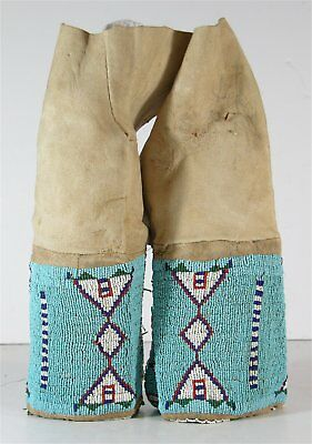 1890s PAIR OF NATIVE AMERICAN SIOUX INDIAN MENS BEAD DECORATED HIDE LEGGINGS