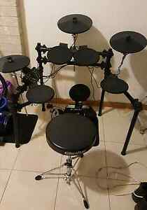 Electric drum kit Canley Heights Fairfield Area Preview