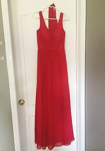 Long formal red prom dress Robe de bal rouge (XS, worn once)
