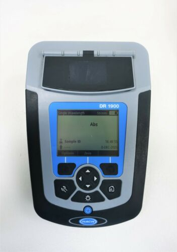 HACH DR1900 PORTABLE SPECTROPHOTOMETER DR1900-01 *POWERS UP
