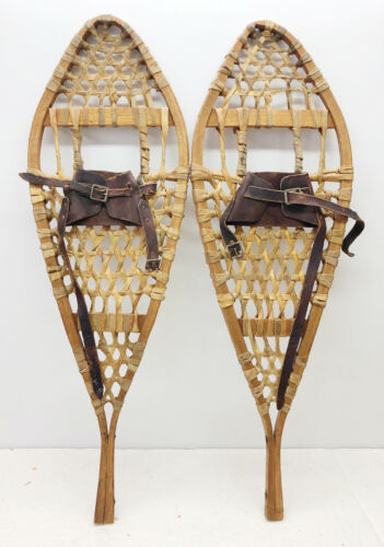 Antique Vintage 11 X 34 Kid Child Snowshoes Usable Or Decor FREE SHIPPING