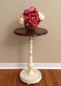 Vintage Round Small Accent Table